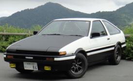 トヨタAE86スプリンタートレノのレンタカー
